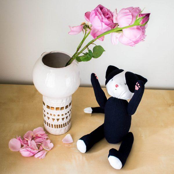 Kuro Black Cat